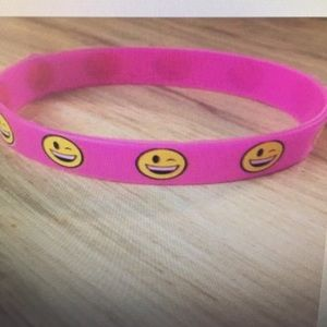 Jewelry - Pink rubber bracelet 😊 smiley faces
